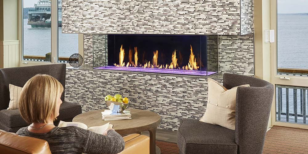 photo of DaVinci Bay fireplace