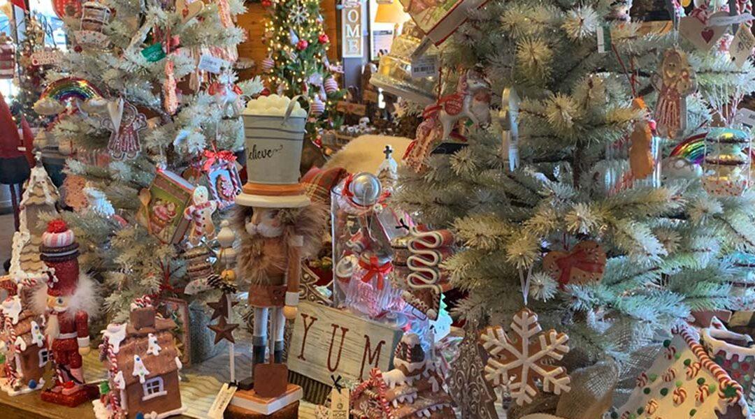 'Tis the Season for Holiday Magic