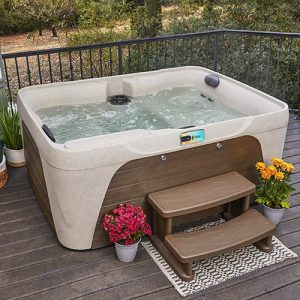 photo of hot tub on deck