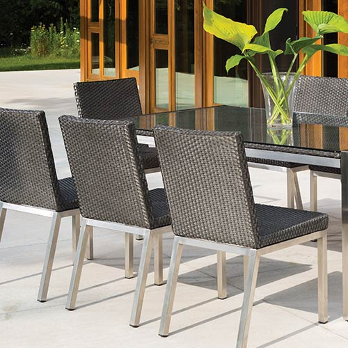 photo of outdoor dining set